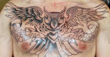 Alles über Brust Tattoos